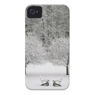 La neige a couvert le paysage coques Case-Mate iPhone 4