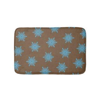 La neige bleue s'écaille petit tapis de bain de