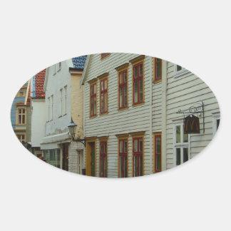 La Norvège, Bergen, les maisons en bois et les Autocollants Ovales