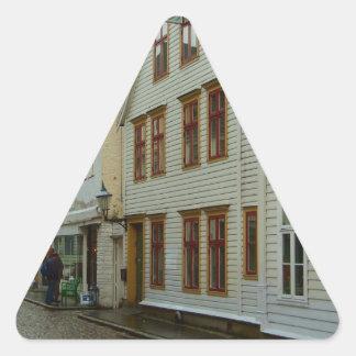 La Norvège, Bergen, les maisons en bois et les Autocollants En Triangle