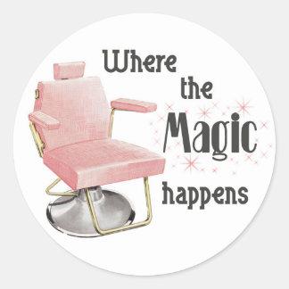 Là où la magie se produit autocollant de coiffeur