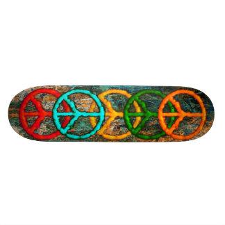 La paix règne suprême skateboard old school 18,1 cm