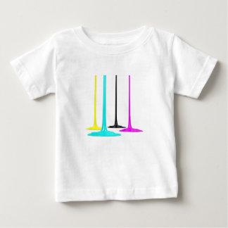 La peinture de CMYK versent sur le blanc T-shirt Pour Bébé