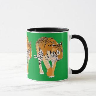 La peinture de marche de Digitals de tigre attaque Mugs