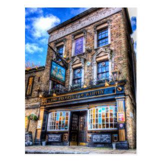La perspective du Pub Londres de Whitby Carte Postale