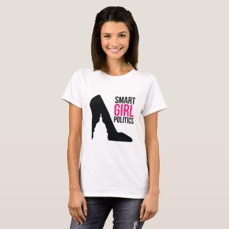 La pièce en t de la classe SGP (chaussure/logo de T-shirt