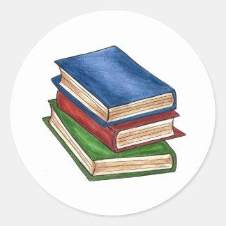 La pile de livres a lu des autocollants de