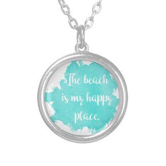 La plage est mon endroit heureux pendentif rond