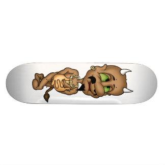 La planche à roulettes de diable plateaux de skate
