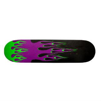 La planche à roulettes de lutin plateaux de skateboards customisés