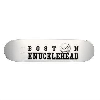 La planche à roulettes fait des emplettes Boston Plateaux De Skateboards