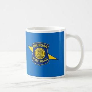 La police d'État du Michigan attaque Mug
