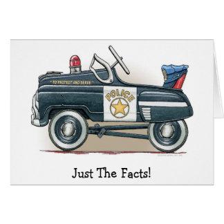 La police pédale voiture de cannette de fil de cartes