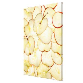 la pomme découpe rétro-éclairé et disposée en toiles