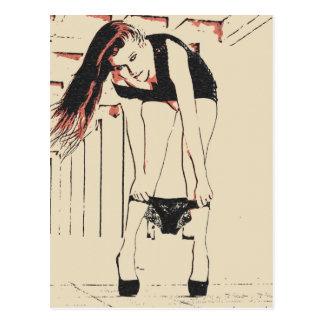 La pose sale, roux sexy a attrapé dans un moment cartes postales
