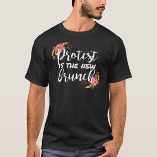La protestation est le nouveau brunch 2 t-shirt
