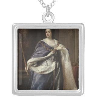 La Reine Anne, 1703 Pendentif Carré