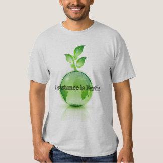 La résistance est la chemise fertile #2 t-shirts