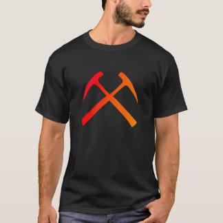 La roche croisée martèle le T-shirt