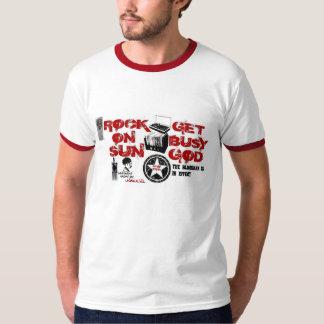 La roche Sun/obtiennent la pièce en t occupée de T-shirt