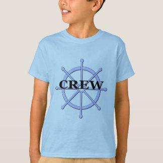 La roue de bateau d'équipage badine le T-shirt