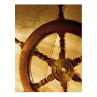 La roue et la carte des bateaux