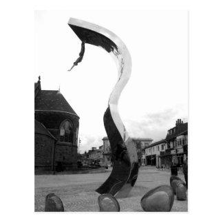 La sculpture B/W en vague Carte Postale
