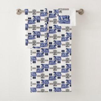 La serviette de salle de bains place des vaches