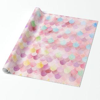 La sirène rose mesure le motif d'échelles de papier cadeau noël