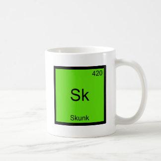 La SK - Pièce en t drôle de symbole d'élément de Mug Blanc
