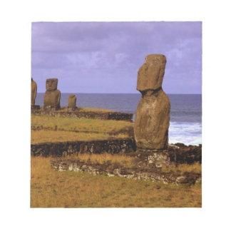 La statue de Moai de plate-forme de Tahai soustrai Blocs Notes