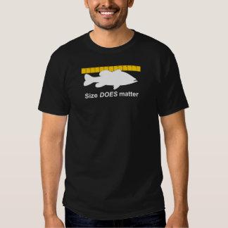 """La """"taille importe"""" - pêche au bar drôle t-shirts"""