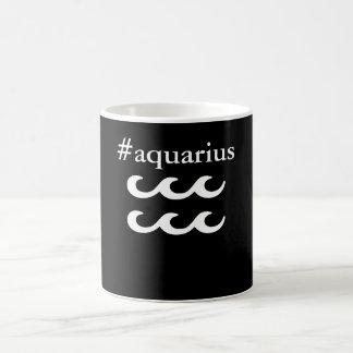 La tasse de Verseau de zodiaque de Hashtag