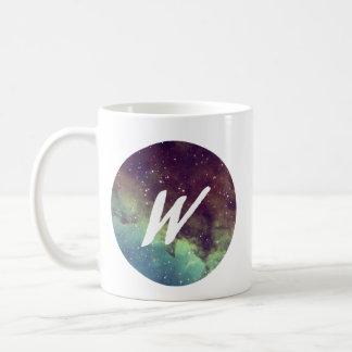 """La tasse nommée de la lettre """"W"""" avec la copie de"""