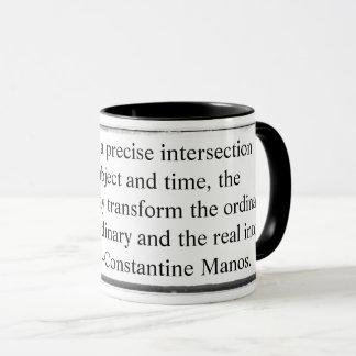 La tasse transforment l'ordinaire en Mano