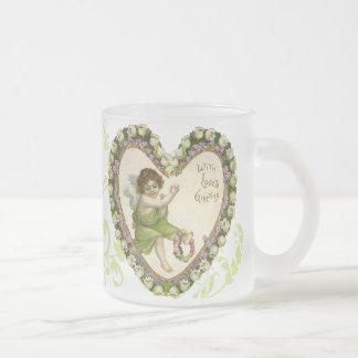La tasse victorienne de Valentine de coeur