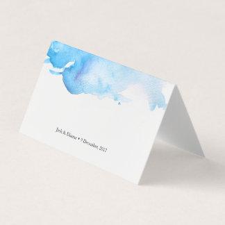 La tente bleue d'aquarelle carde les cartes les