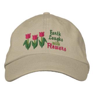 La terre rit en fleurs casquette brodée