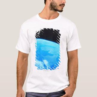 La terre vue d'un satellite 2 t-shirt
