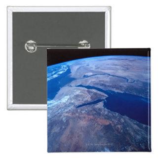 La terre vue d'un satellite pin's