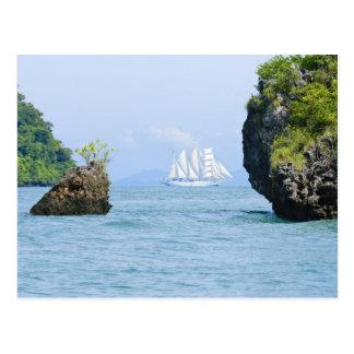 La Thaïlande, mer d'Andaman. Bateau de tondeuse de Carte Postale