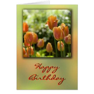 La tulipe orange fleurit la carte d'anniversaire