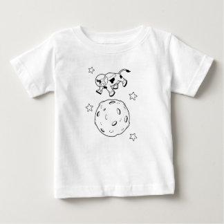 La vache sautée au-dessus de la chemise de lune t-shirt pour bébé