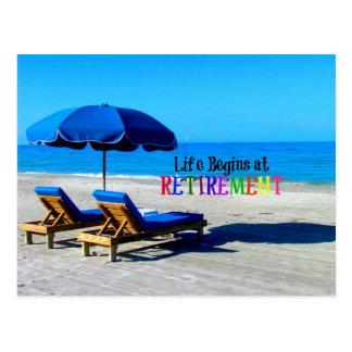 La vie commence à la retraite, détendant à la cartes postales