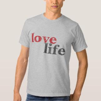 la vie d'amour t-shirts