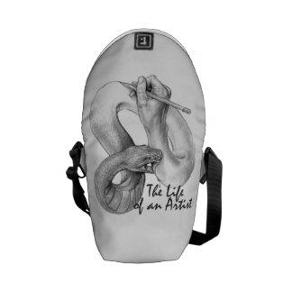 La vie d'un mini sac messenger à artiste sacoches