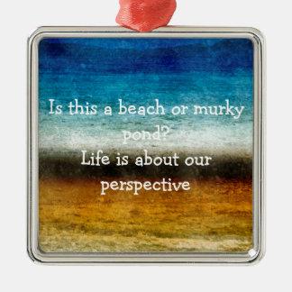 La vie est au sujet de notre perspective ornement carré argenté