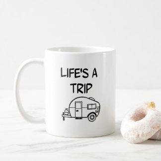 La vie est un nomade rv campant de tasse de café