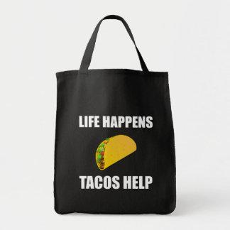 La vie se produit aide de tacos tote bag