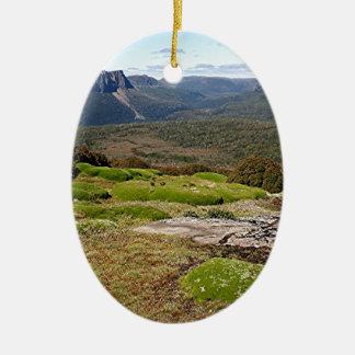 La voie sur terre 2 de la Tasmanie Ornement Ovale En Céramique